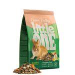מזון עשבים עשיר לארנבים